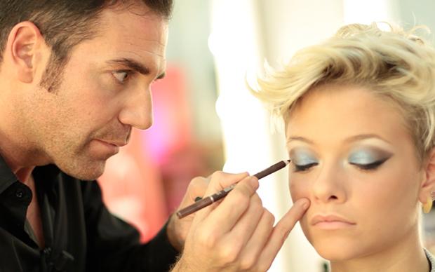 """Tutorial da X factor: il make-up """"Barbie"""" di Giulia de """"le ..."""
